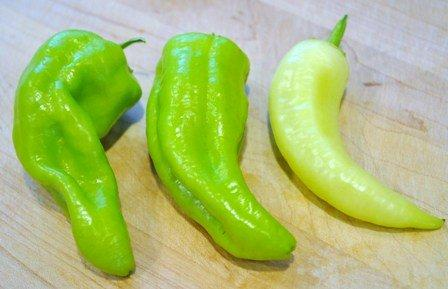 how to eat hot banana.peppers