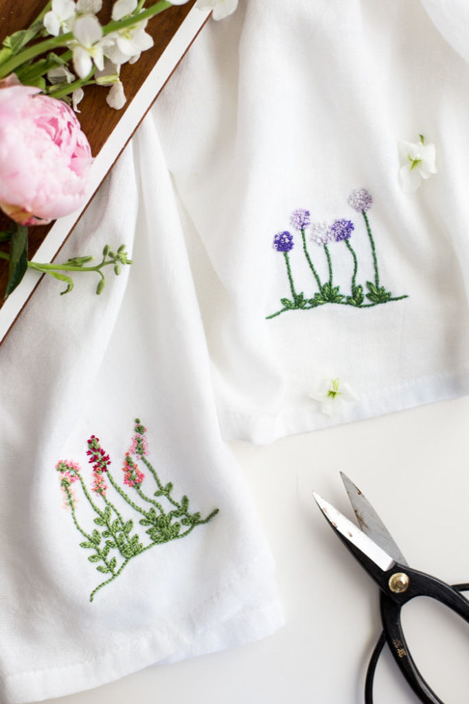 Mother's day gift guide dish towels