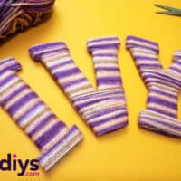 How to make yarn letters