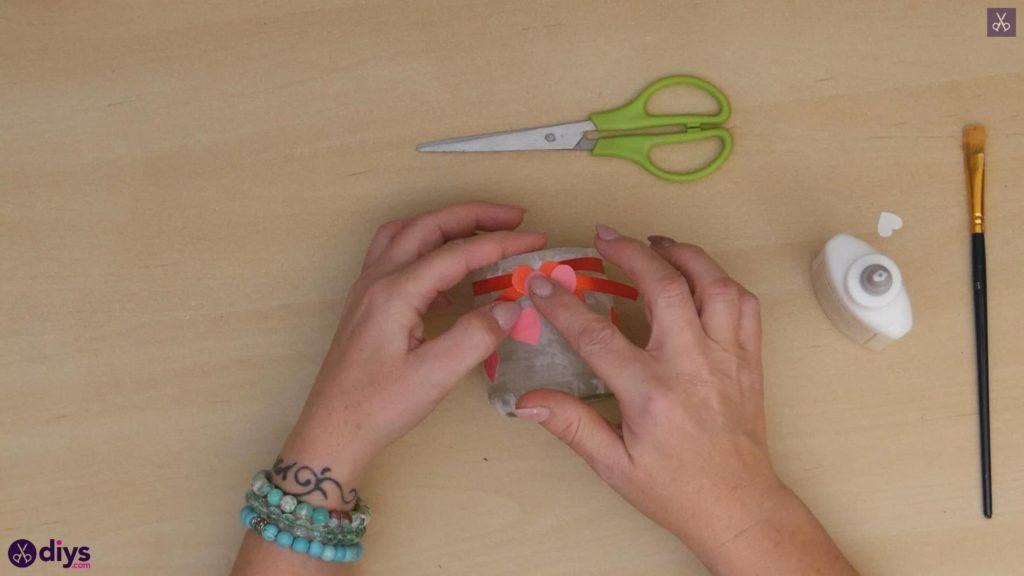 نگهدارنده شمع روز ولنتاین مرحله 7c